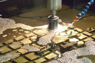 Kellergeschweißten Stahltanks, Schleifarbeiten, Schlosserarbeiten, Schweißkonstruktionen
